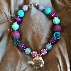 Other - Girls Beaded Necklace 💜💙